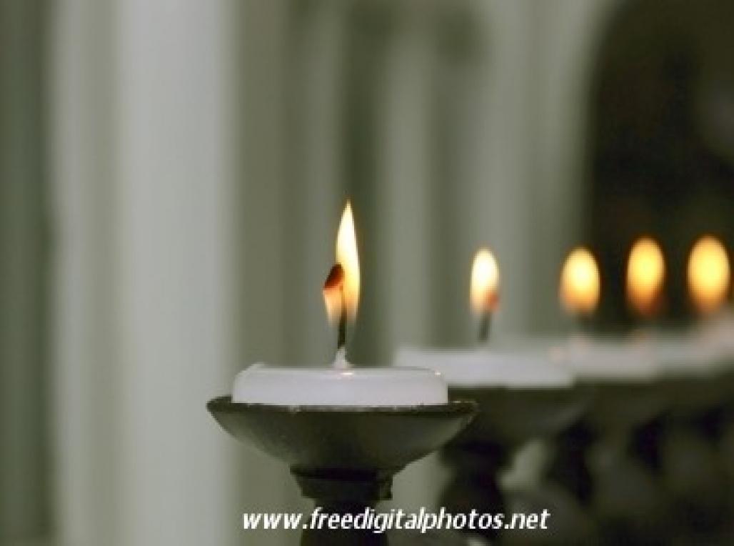 candlefeature